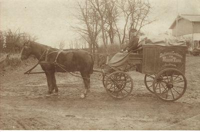 Foto von altem Brotwagen mit Kutscher Johannes Heldt Oeversee