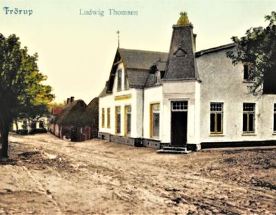 Alte Postkarte mit dem Kaufmannshaus des Ludwig Thomsen
